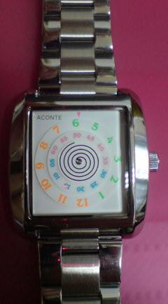 **腕時計**